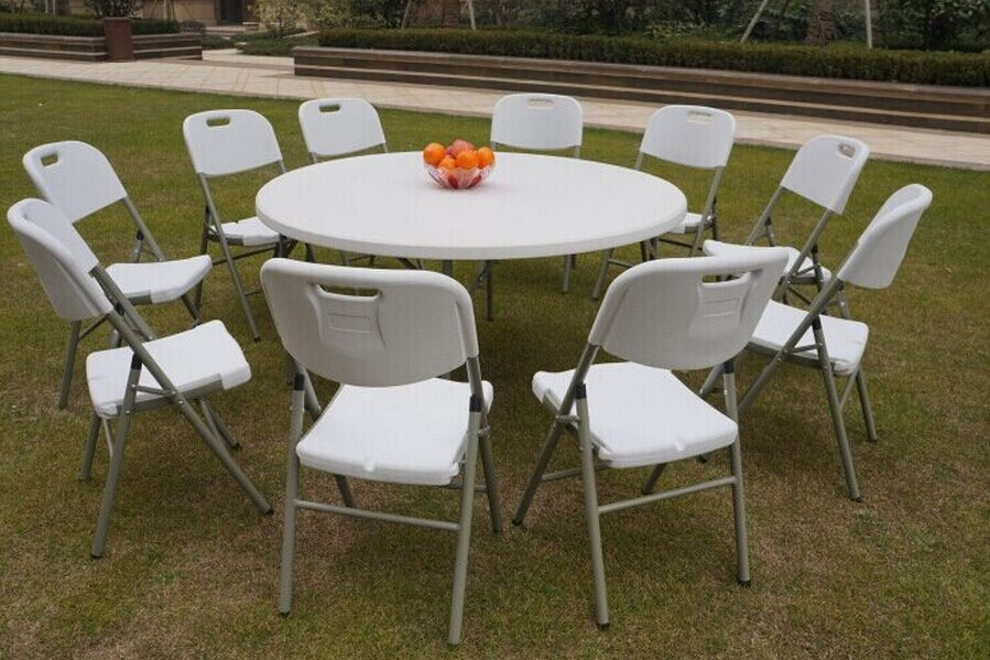 How to choose plastic folding table ?