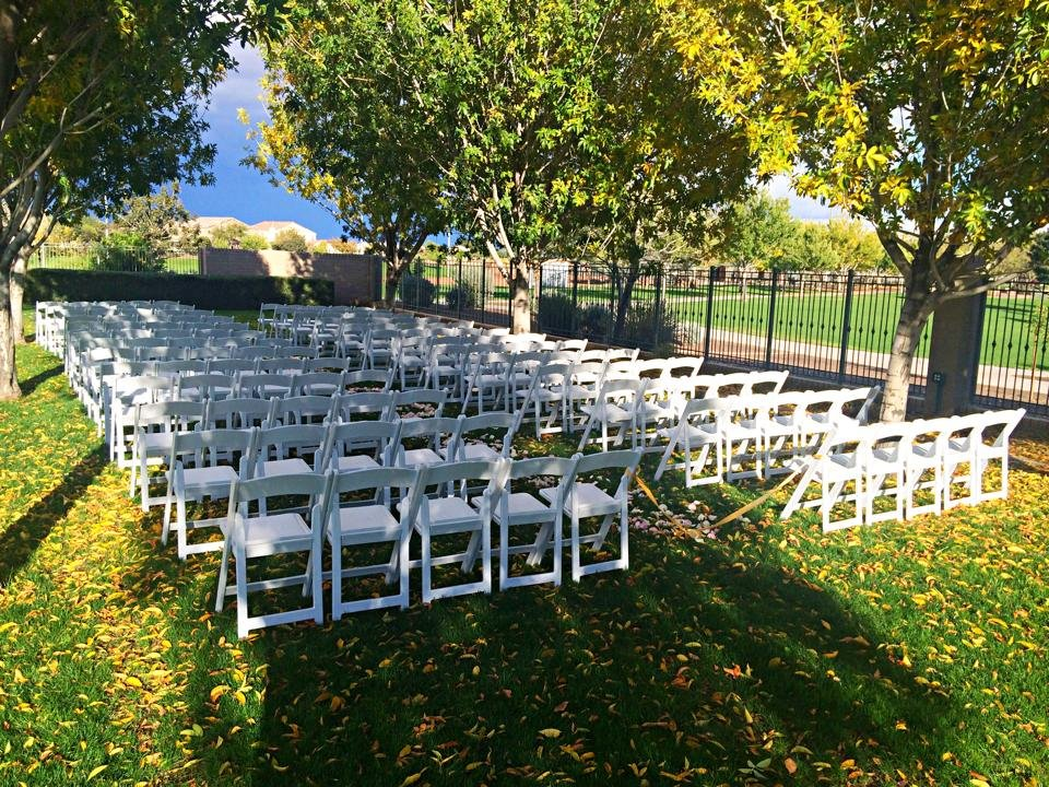 white-ceremony-chairs
