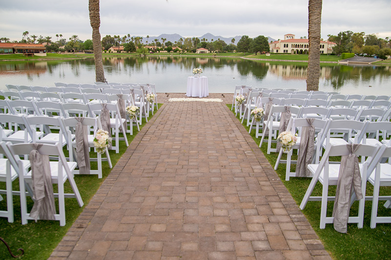ideas-for-decorating-chairs-at-weddings-_Phoenix-Bride-and-Groom_Holley-Photography-1